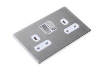 DETA Screwless 2 Gang Socket Satin Chrome White Insert | LV0201.0071