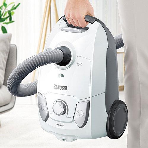 Zanussi 700W Bagged Vacuum Cleaner 3