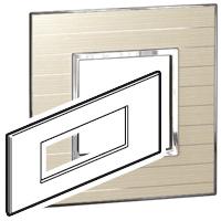 Arteor (British Standard) Plate 6 Module Square Casual | LV0501.2770