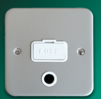 DETA METAL SURFACE  UNSWITCHED SPUR WITH OUTLET