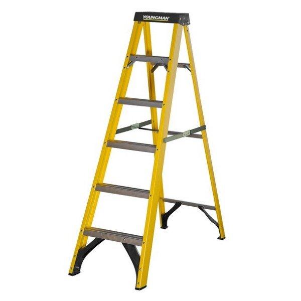 Youngman S400 Fibreglass Trade Step 6tread Ladder