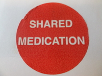 CIRCULAR LABEL SHARED MEDICATION (ROLL 1000)