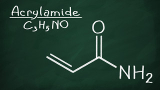 Reducing the risks of acrylamide in cooking oil