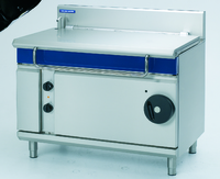 Blue Seal Evolution Series Tilting Bratt Pan, electric, 1200 mm, 120 litre capacity, thermostatic control, manual tilting, hinged & balanced lid, galvanised steel chassis, stainless steel pan & exterior, stainless steel legs with adjustable feet, 17 kW 12