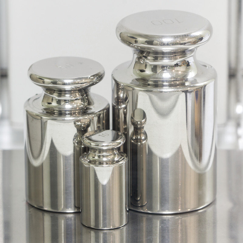 Calibration Weight, M1 Std, Stainless Steel, 2kg (certificate not included)