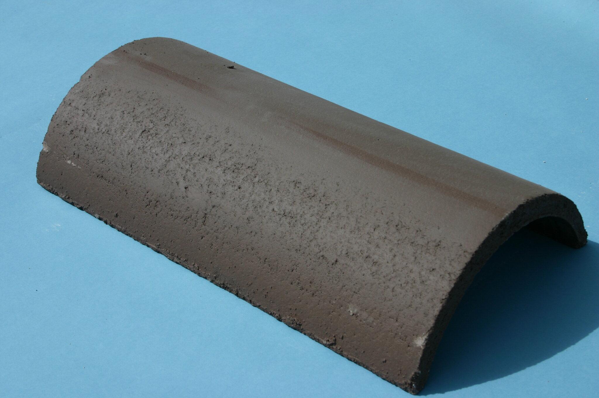 Half Round Ridge Hip Tile 450mm Turf Brown