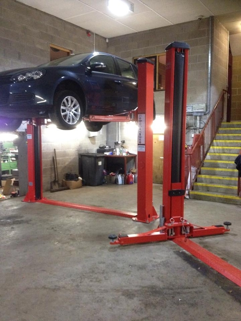 Taranto 2 Post Car Lift 4 Ton 230v Single Phase 24be T24e