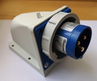 IP67 Appliance Inlet 2P+E -16A 200-250V