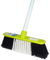 PR659 House Broom & Handle
