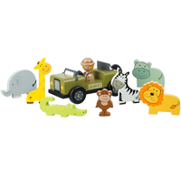 wooden safari play set with jeep and wild animals
