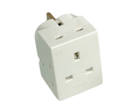 DETA 3WAY 13A FUSED ADAPTOR
