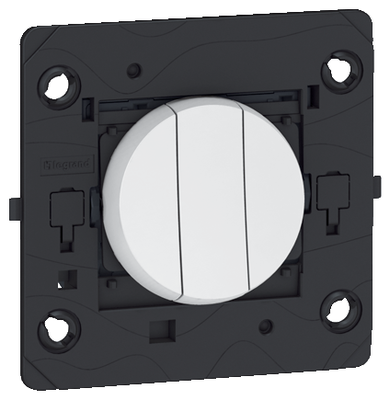 Arteor 3 Gang 2 Way Switch Round - White   LV0501.0007