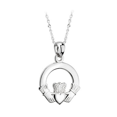 14k white gold medium claddagh necklace s4672 from Solvar