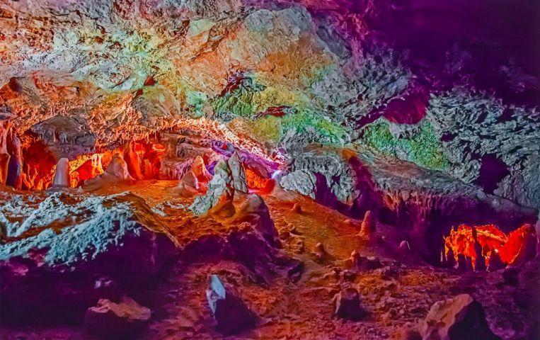 Cuevas de Genova