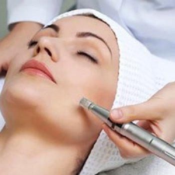 Tratamiento facial DERMAPEN