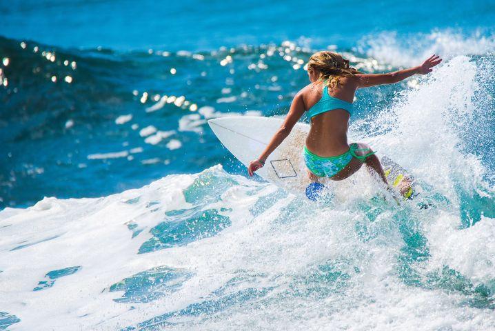 Bonaona Surf School