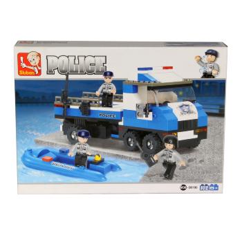 Camión y lancha de Policía