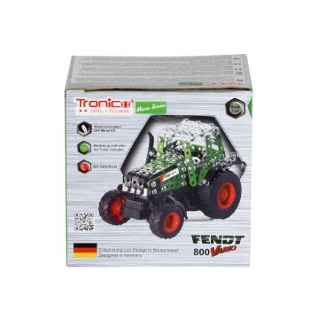 Tractor piezas metálicas verde