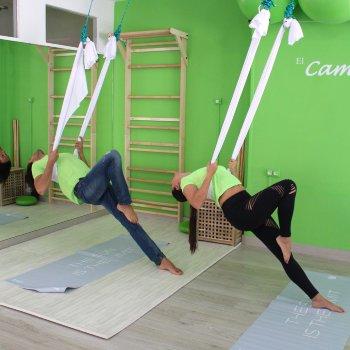 Promo Clase de Yoga aéreo