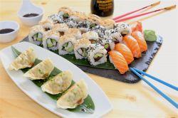 Menú Sushi para 2 (entrantes + 24 piezas)
