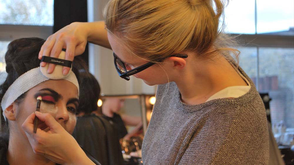 Huntingdon makeup artist