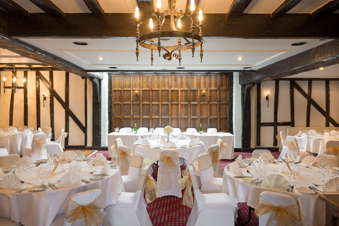 Lyndsay and the team offer an amazing service from the booking to the night.  They are enthusiastic and get your guests in to the party mood.  Equipment is of a high standard and the props are re-newed regularly.  The y have done our staff party for a few years now.