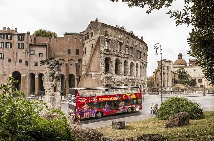 Popup city sightseeing rome bus colosseum feat block