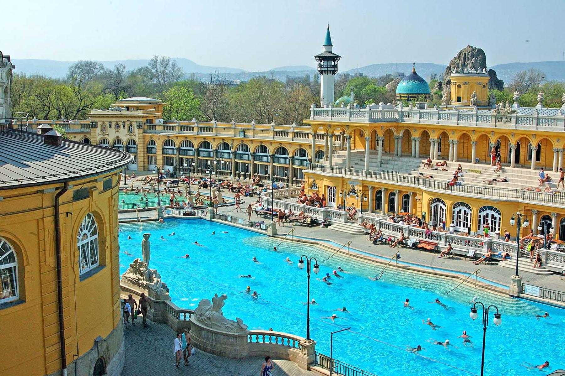 Szechenyi bath 16559587032 o