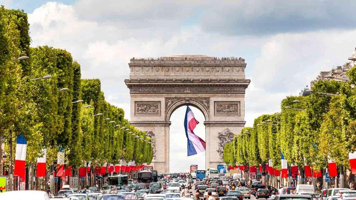 Popup paris arc de triomphe 1500x850  3
