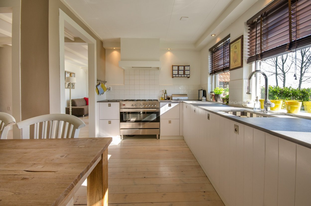 kitchen-2165756_1920.jpg