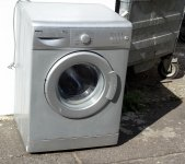 old-broken-washing-machine.jpg