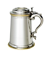 Heavy lidded celtic gold 1 pint pewter and brass tankard