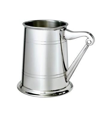 Harp Handle 1 pint pewter Tankard