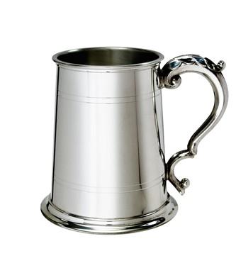 Standard Lined  Fancy Handle 1 pint pewter Tankard