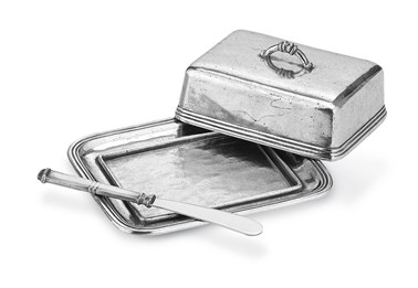 Pewter butter dish with spreader