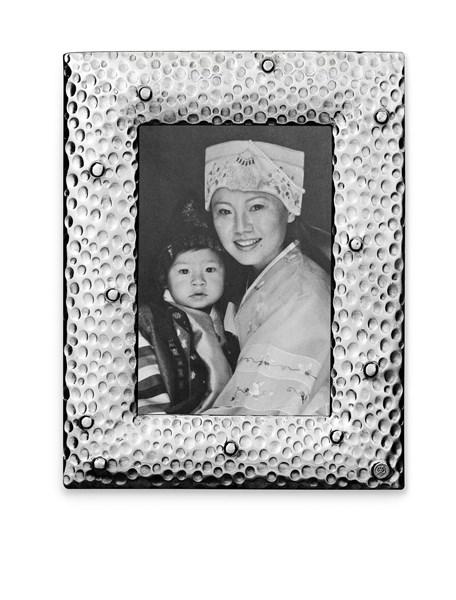 Pewter hammered picture frame large 20 cm x 25,5 cm (13 cm x 18 cm)