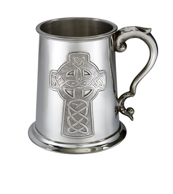 Embossed Celtic Cross 1 pint Pewter Tankard