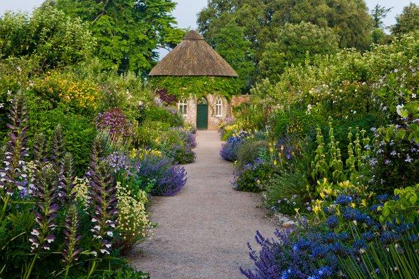 West dean gardens about for Garden house design west sussex