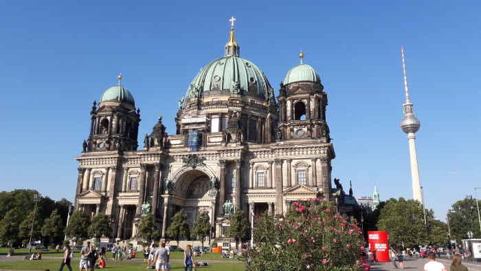 Berliner Dom ist nicht nur bei schönem Wetter beghert