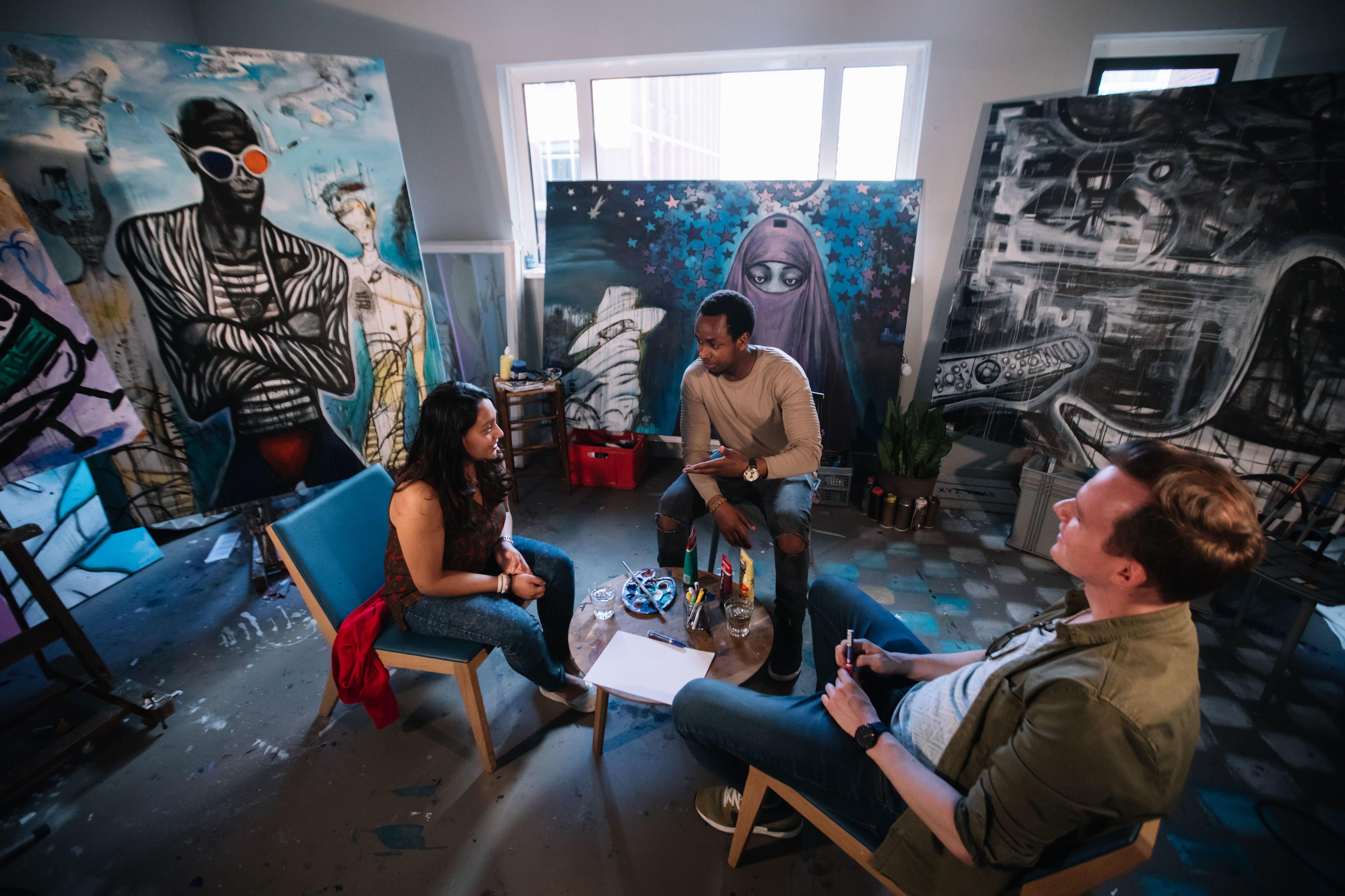 artist-studio-conversation.jpeg?mtime=20170921131516#asset:105
