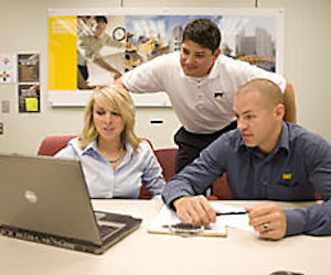Start your career via a top graduate programme at Caterpillar