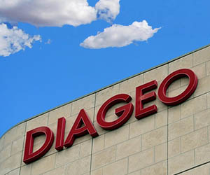 Top employer Diageo removes multipack plastic