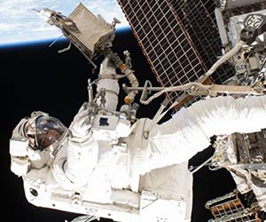 Spacewalk inspires Honeywell engineers to break the glass orbit