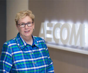 Industry veteran Wendy Lopez at AECOM receives Legacy Award