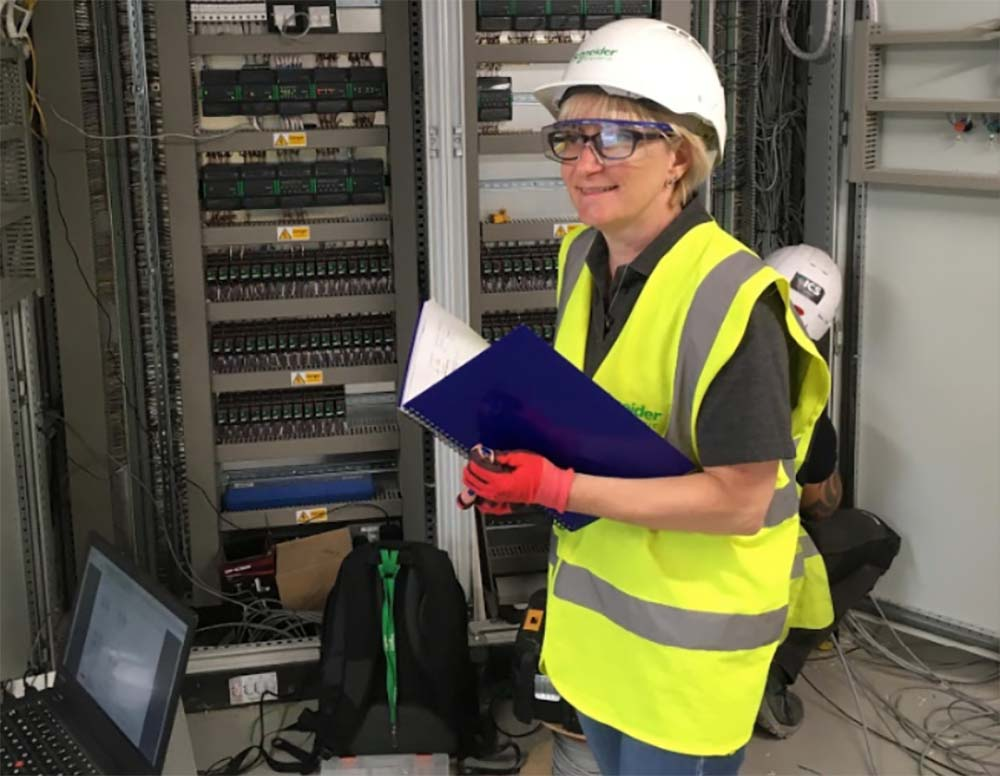 Catherine is proud to be a woman engineer at Schneider Electric