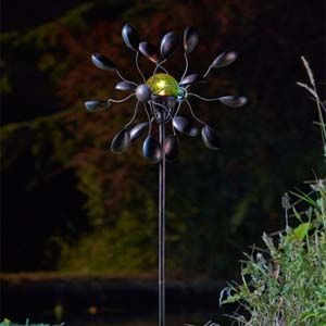Gemini Wind Spinner With Solar Crackle Globe 5030040
