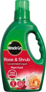 SCOTTS Miracle-Gro Rose and Shrub Plant Food Bottle 1L 346898