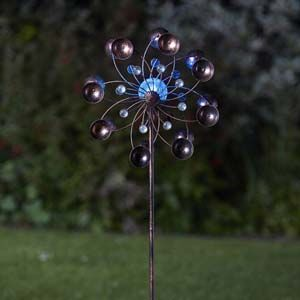 Smart Garden Venti Wind Spinner with Solar Crackle Ball 5030042