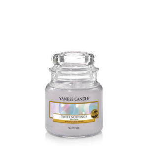 Yankee Candle Classic Small Jar Sweet Nothings Ref: 1577143E