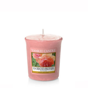 Yankee Candle Classic Votive Sun-Drenched Apricot Rose Ref: 1577156E